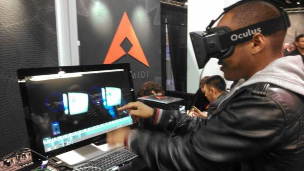 Photo of the AeroMIDI VR app showing at the 2014 NAMM show, from the article by Winifred Phillips (video game composer).