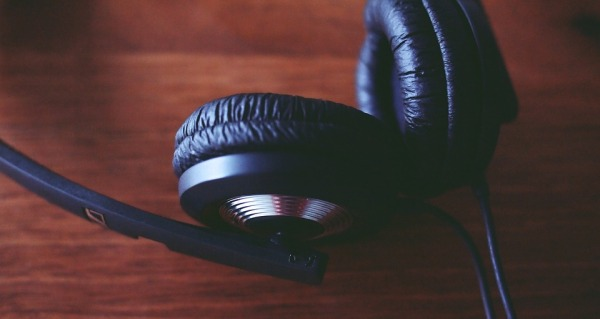 Illustration depicting a set of headphones, from the article by Winifred Phillips for video game composers